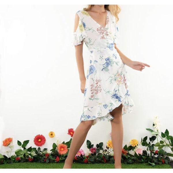 d3e7501eaa0 Φλοραλ φόρεμα καινούριο