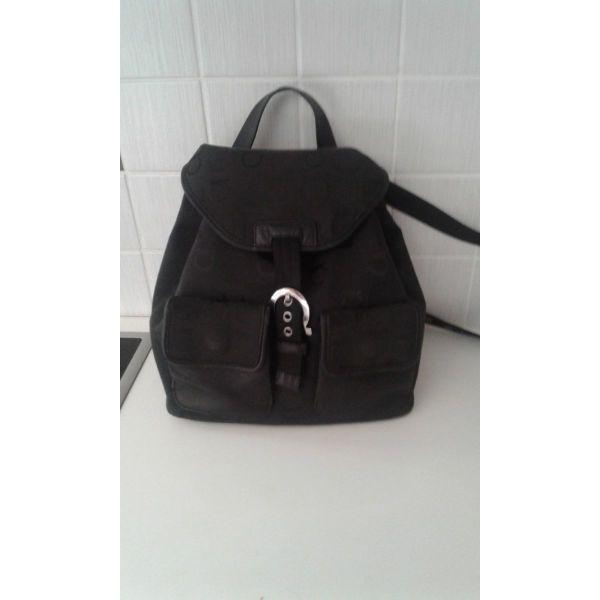 12f567bc550e μεταχειρισμενα Επώνυμη αυθεντική τσάντα πλάτης Salvatore ferragamo. eponimi  afthentiki tsanta platis Salvatore ferragamo