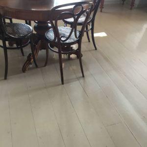Αυθεντικές,παλαιές,βιεννέζικες καρέκλες
