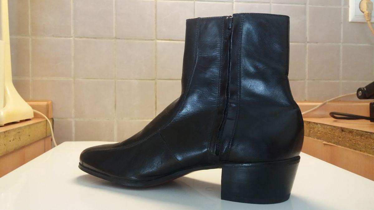 f503ecd13a0 Ανδρικές δερμάτινες μπότες τύπου Beatles… - € 70 - Vendora.gr
