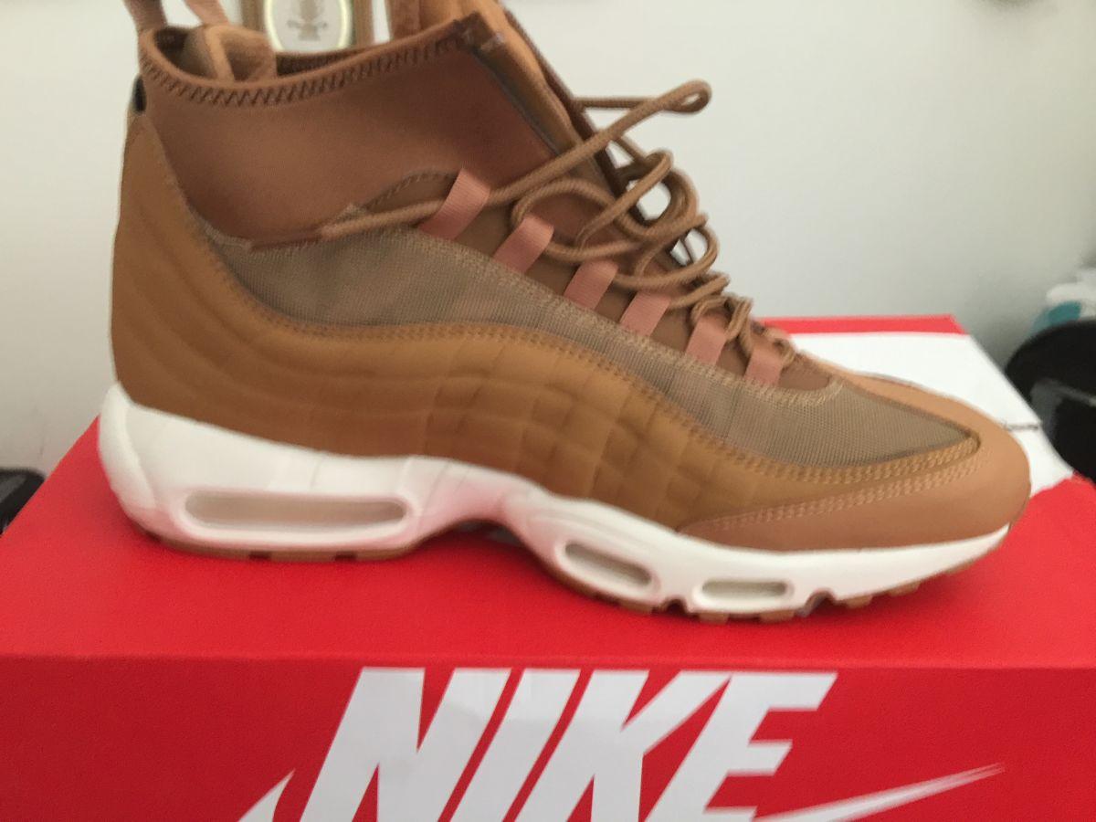 51d7f47087b Μποτάκια Nike νούμερο 45 καινούργια στο… - € 130 - Vendora.gr