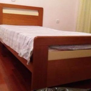 Πωλούνται 2 μόνα κρεβάτια