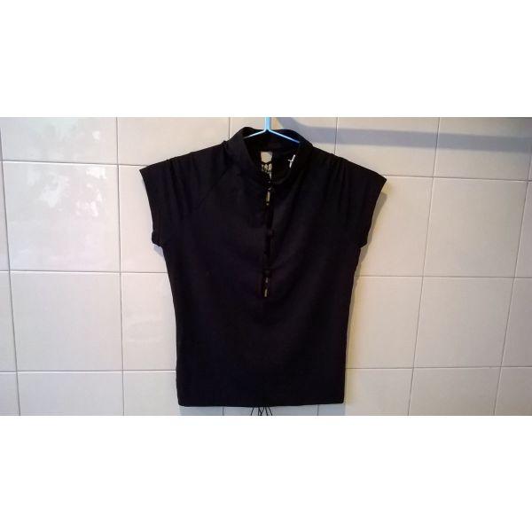 f1d4754440e Μπλουζάκι μαύρο Intimissimi