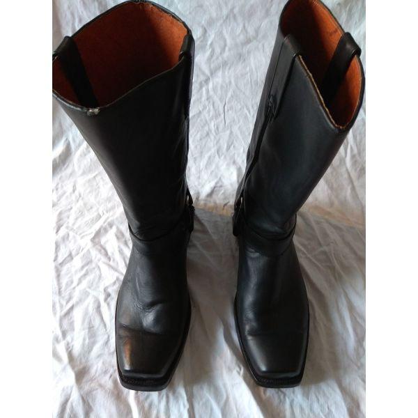 79ef97ef56e Μπότες ανδρικές Buffalo νούμερο 49 - € 120 - Vendora.gr
