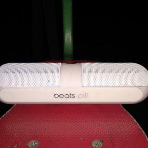 Beats Pill Bluetooth and NFC technology