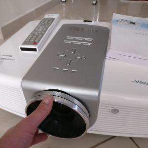 Projector BenQ-W5000