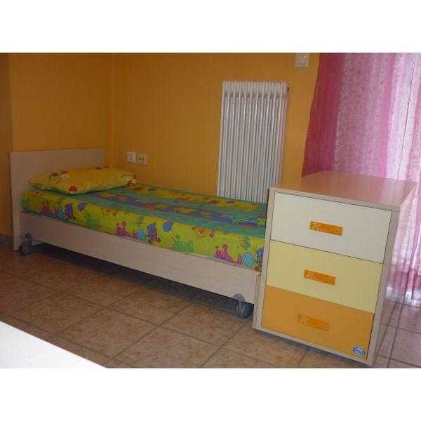 8e612aa4e17 polite krevati metatrepomeno apo vrefiko se pediko PALI ZOOM TRANSFORMABILE.  Πωλείται κρεβάτι μετατρεπόμενο από βρεφικό σε παιδικό ...