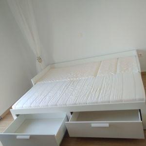 Κρεβάτι.Τέσσερις λειτουργίες σε μία-καθιστικό,κρεβάτι για έναν,κρεβάτι για δύο και 2 μεγάλα συρτάρια για αποθήκευση.(δίνετε μαζί με τα στρώματα)