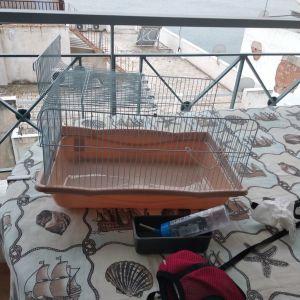 Κλουβί για κουνελάκι και αξεσουαρ