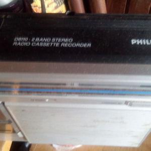 Ραδιοκασσετοφωνο. philips