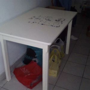 Τραπέζι κουζίνας ξύλινο λευκό