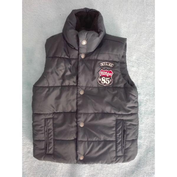 840e4f9d009 Μπουφάν Tommy Hilfiger (αμάνικο παιδικό) - € 22 - Vendora.gr