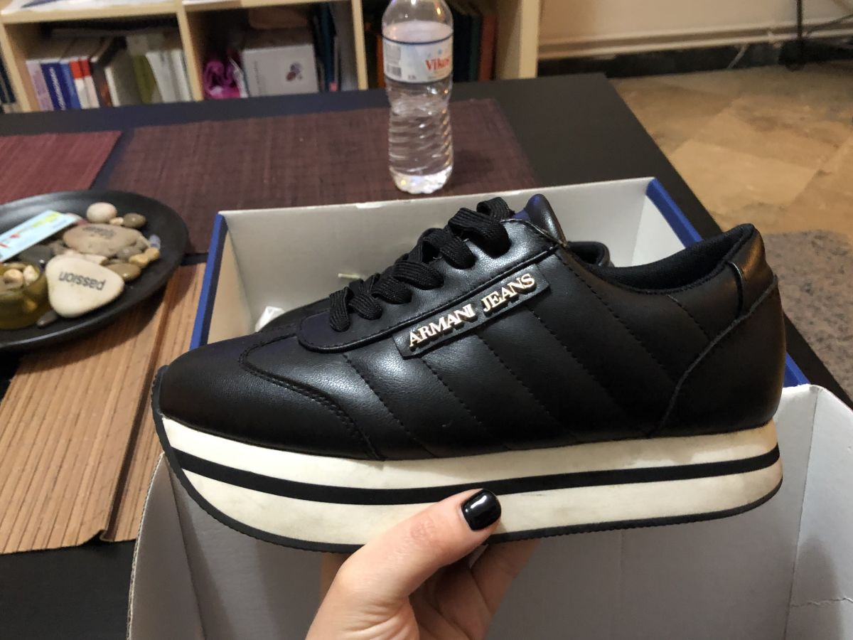 55abfde52105 Armani παπούτσια - € 80 - Vendora.gr