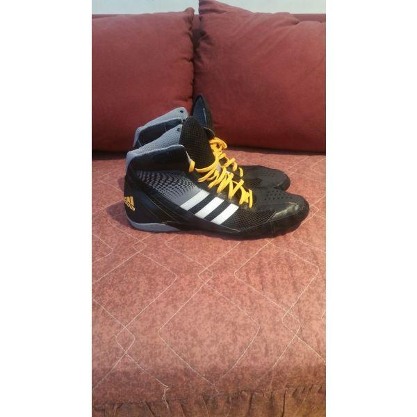 Παλαιστικα παπουτσια Adidas νουμερο 45 - αγγελίες σε Αθήνα - Vendora.gr 841c4c112ee
