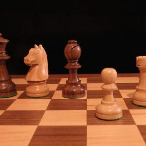 Ξύλινο σκάκι σέτ