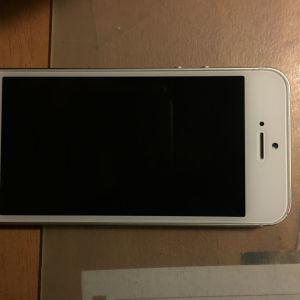 Πωλείται iPhone 5s/ανταλλακτικά