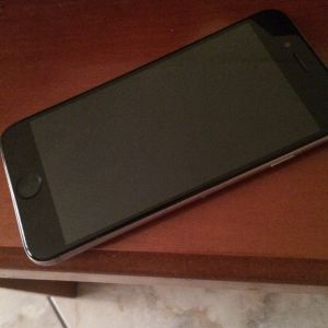 Πωλείται iPhone 6 32gb 100€