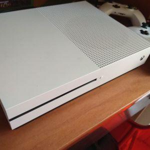 Xbox one s 500gb 2τηλεχειριστηρια 4 παιχνιδια