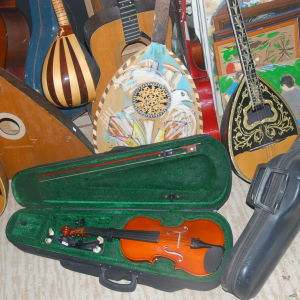 ΑΝΤΑΛΛΑΓΕΣ.μπουζουκι 3χορδο,,,κιθαρες