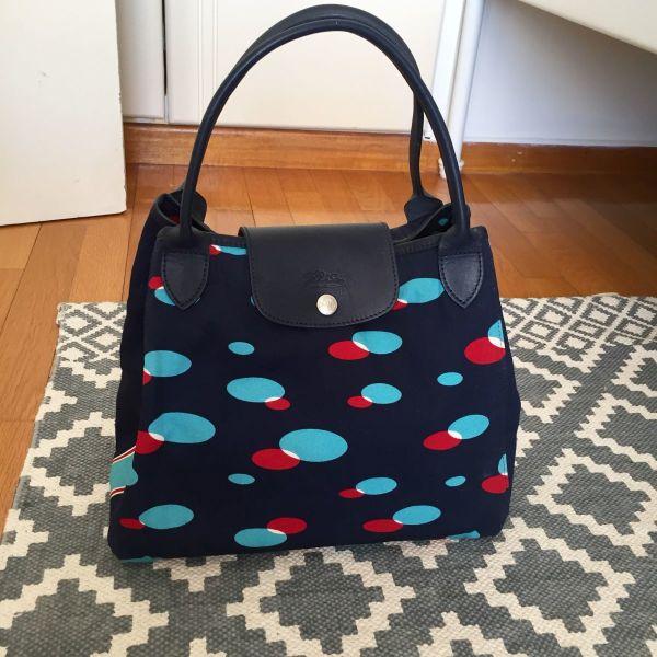 d46b1a48f4 Longchamp ifasmatini tsanta chiros. Longchamp υφασμάτινη τσάντα χειρός