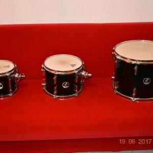 Πωλείται drums sonor force 3007 maple συζητήσιμη!