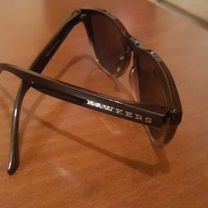 Γυαλιά ηλίου σε σχήμα cat eye - αγγελίες σε Νέα Σμύρνη - Vendora.gr d714978ef46
