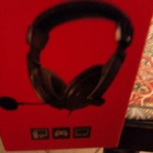 headphones Laptop