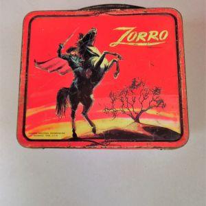 Συλλεκτικό τσίγκινο αμερικάνικο launch box zorro της ALADDIN INDUSTRIES της δεκαετίας του '60.