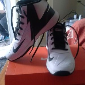 Αθλητικα παπούτσια για αγόρια