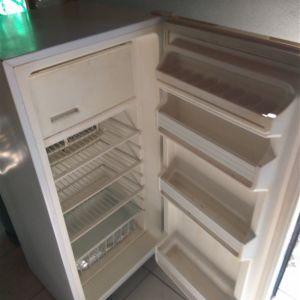 Ψυγείο υγραερίου COMET 120cm