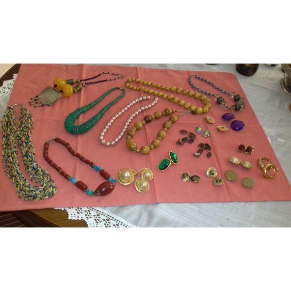 κολιε και σκουλαρικια - αγγελίες σε Καλαμάτα - Vendora.gr f268a92f678