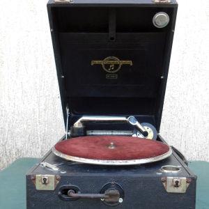 Πωλείται  Γραμμόφωνο συλλεκτικό Columbia Grafonola  made in England  του 1920