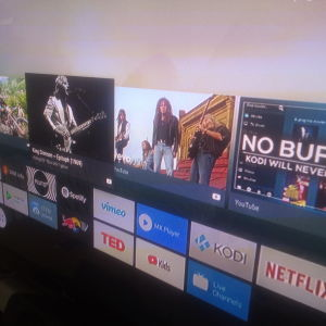 Android Tv OS smart tv box 2gb/16gb