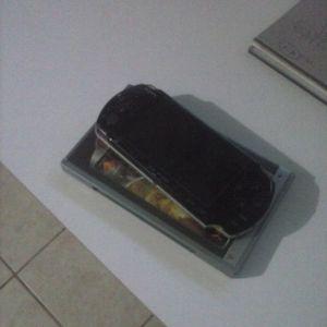 PSP+τεσσερα games