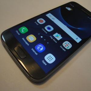 Samsung galaxy s7 σαν καινούργιο με όλα τα παρελκόμενα σε χρώμα μαύρο