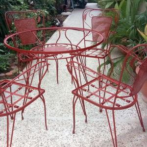 Φερ Φορζε έπιπλα για κήπο ή βεράντα, τραπέζι και τέσσερις καρέκλες από μασίφ σίδερο σε άριστη κατάσταση