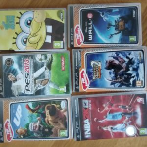 Nintendo dsi console and games +psp games
