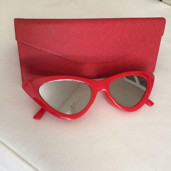 Γυαλιά ηλίου σε σχήμα cat eye - αγγελίες σε Νέα Σμύρνη - Vendora.gr 2582c3d2106