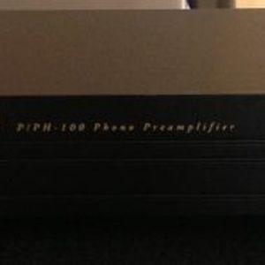 Προ-προενισχυτής Parasound PPH-100