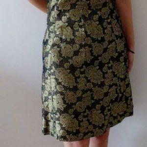 Φορέματα με δαντέλα