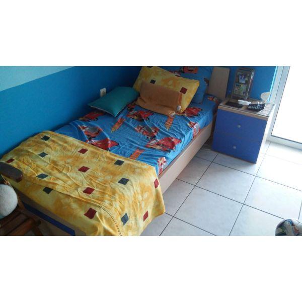 46b9989f2ac Παιδικο κρεβατι με στρωμα και κομοδινο - € 100 - Vendora.gr