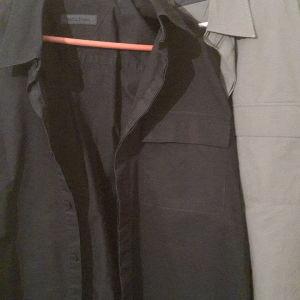 bd5d0cb51e47 Artisti italiani πουκαμισα μαυρο και γκρι... νουμερο large... πραγματικα  αψογα