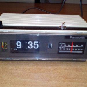 Ράδιο ρολόι Panasonic αντίκα