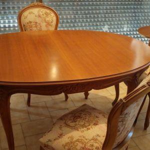 ΤΡΑΠΈΖΙ από ξύλο οξιάς και 4 καρέκλες απ το ίδιο ξύλο