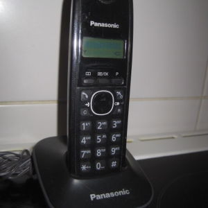 Panasonic KX-TG1611 Μαυρο Ασυρματο Τηλεφωνο.