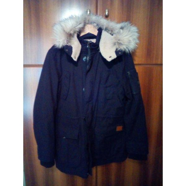 Μαύρο μπουφάν Explorer large - αγγελίες σε Περιστέρι - Vendora.gr 27b131e0b4d