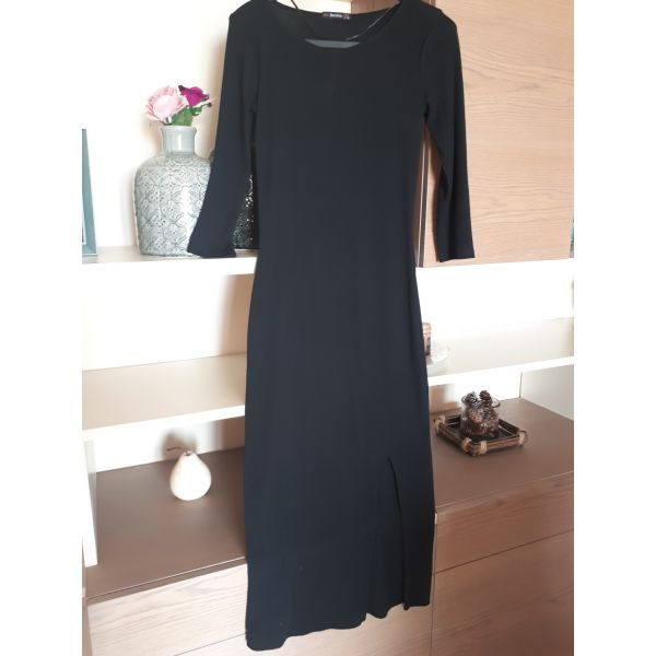 Μαύρο midi φόρεμα με σκίσιμο - αγγελίες σε Κρήτη - Vendora.gr 7a4c0e09ff3