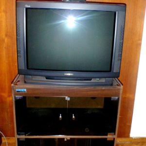 Έπιπλο τηλεόρασης - υχοσυστήματος