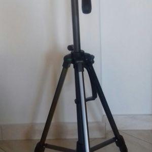 Τρίποδο κάμερας