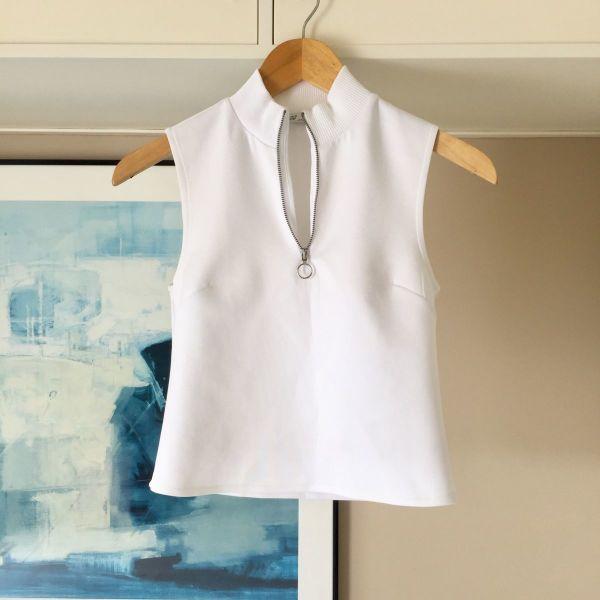 03b0952fa1f0 ZARA λευκό αμάνικο μπλουζάκι ζιβάγκο - € 10 - Vendora.gr